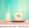 donut, milk, pastel 33610191