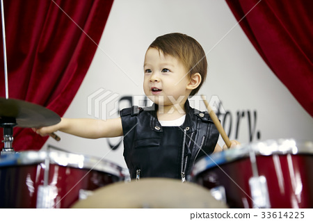 Infant, baby, baby, drummer 33614225
