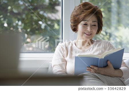 엄마,주부,중년의 한국인 33642829