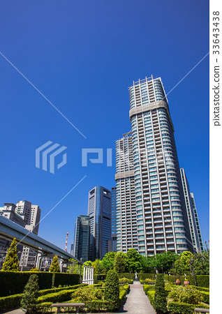 High rise apartment and garden 33643438