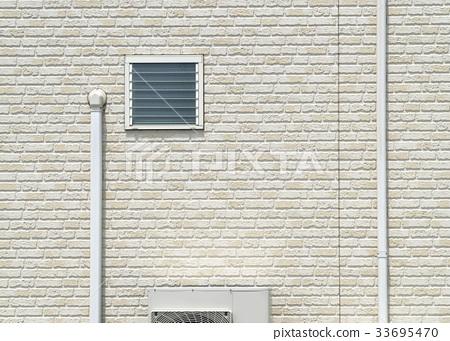 주택 외벽 주위 루버 창문과 에어컨 실외기 배관 화장 커버 33695470