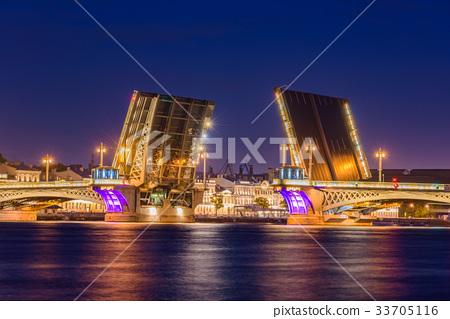 Open Blagoveshchensky Bridge in Saint Petersburg 33705116