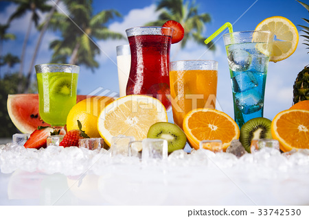 Summer drink,palm branch and Fresh tropical fruits 33742530