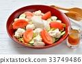 두부 샐러드, 두부 샐러드, 일본식 샐러드 (비단 두부, 상추, 오이, 토마토) 간장 드레싱. 33749486