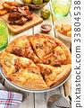 Korean kimchi pork pizza 33804538