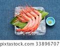 來自石川縣的生蝦(甜蝦)生魚片和生魚片。 33896707