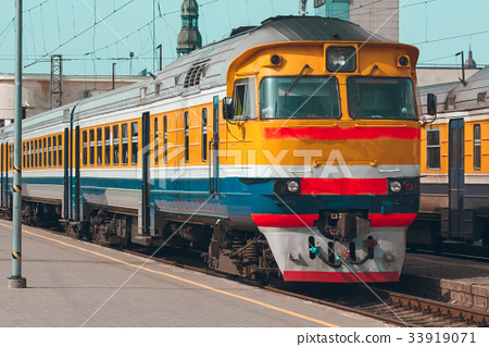 Yellow diesel train 33919071