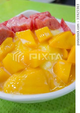 夏季食品和台灣甜點的形象〜芒果刨冰〜 33925363