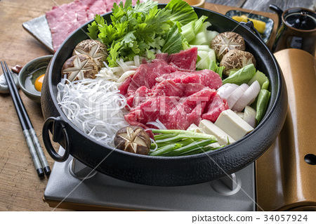 Traditional Japanese Sukiyaki  34057924