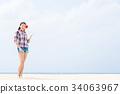 年輕的女士旅行 34063967