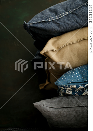Pillows in stack 34151114