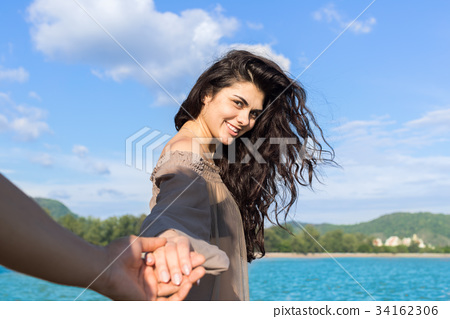 Couple On Beach Summer Vacation, Beautiful Young 34162306
