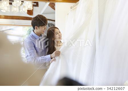 웨딩샵,웨딩드레스,신혼부부,결혼준비 34212607
