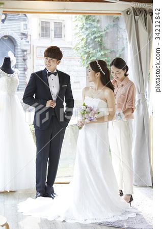 웨딩샵,웨딩드레스,신혼부부,결혼준비 34212842