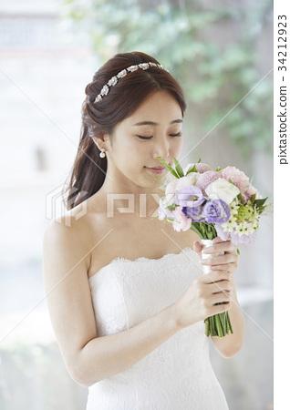 웨딩샵,웨딩드레스,신혼부부,결혼준비 34212923