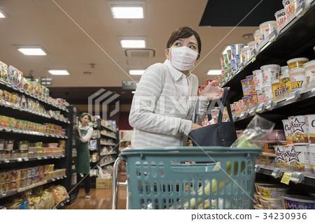 入店行竊的圖像家庭主婦 34230936