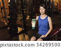 Gym middle women protein 34269500