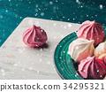 meringue, pink, plate 34295321