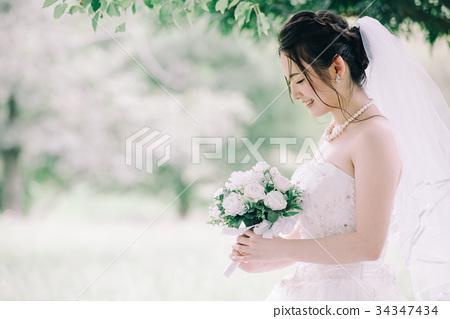 웨딩 드레스 여성 결혼 신부 34347434
