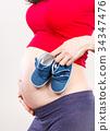 woman, pregnant, shoe 34347476