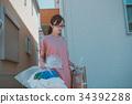 housewife 34392288