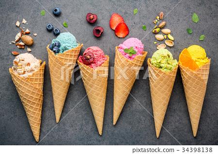 Various of ice cream flavor in cones . 34398138