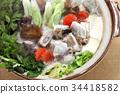鍋裡煮好的食物 燉湯 用鍋烹飪 34418582