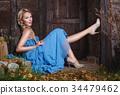 蓝色 裙子 女性 34479462