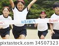 跑在運動會的小學學生 34507323