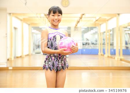 Gymnastics 34519976