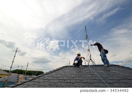 裝修天線維修電工的工作現場 34534492