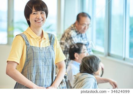 요양 시설 노인 데이 서비스 34624099