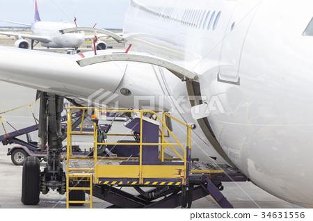 飛機貨艙 34631556
