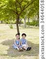 child 34644058