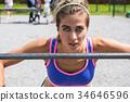女人 女性 训练 34646596