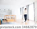 ผู้หญิงทำความสะอาด (สมาร์ทโฟน) 34682879