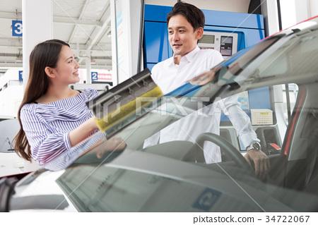 加油站加油自駕車租車 34722067