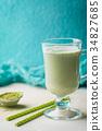 Green tea matcha latte 34827685