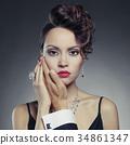 女性 女 人物 34861347