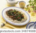 炒粉丝配炒猪肉和蒜薹 34874688