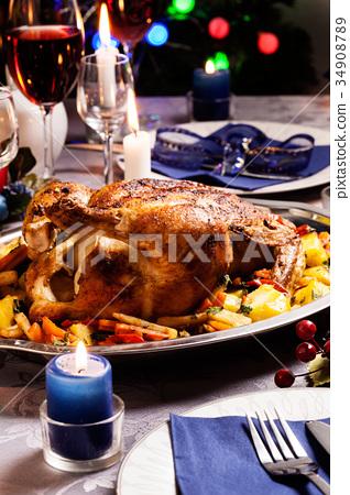 Baked chicken for Christmas dinner 34908789