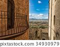 italian enchanting countryside 34930979
