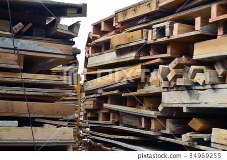 재사용되는 나무 팔레트 34969255
