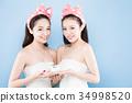 two beauty woman 34998520