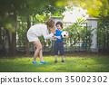 ลูกบอล,เด็กผู้ชาย,เด็กชาย 35002302