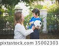 ลูกบอล,เด็กผู้ชาย,เด็กชาย 35002303