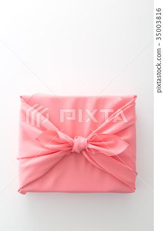 선물 35003816