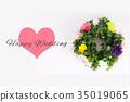Happy Wedding wreath celebration 35019065