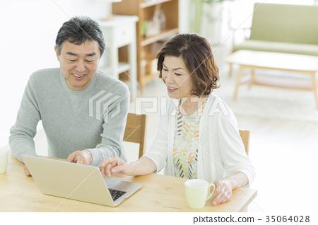 夫婦 一對 情侶 35064028