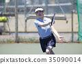 打网球的女人 35090014
